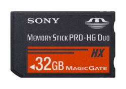 MSProDuoHX32GB_0003